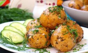Сколько варить картофель в мундире: в кастрюле, пароварке или мультиварке