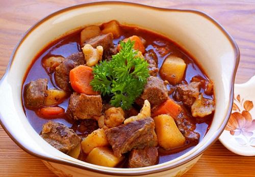 gulyash-s-kartofelem