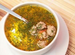 суп из телятины с картошкой и фрикадельками