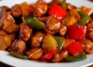 Ананасы под китайским соусом