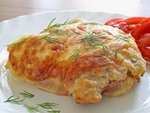 Мясо, запеченное с сыром и горчицей