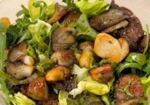 Грибной салат с печенью
