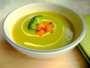 Овощной крем-суп с брокколи и тыквой