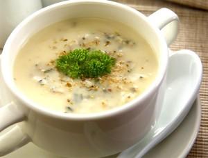 Суп пюре из цветной капусты с картошкой, рисом и грибами
