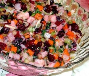 Винегрет с рыбой и овощами