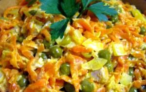 Салат с горошком