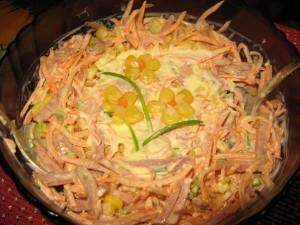 Салат с копчёным мясом
