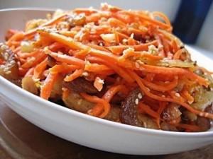 Свинина с морковью по-корейски