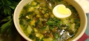 Суп с яйцом и крабовыми палочками