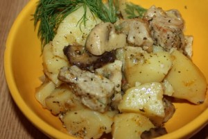 Курица с картофелем и грибами