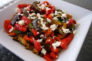 Теплый салат с фетой