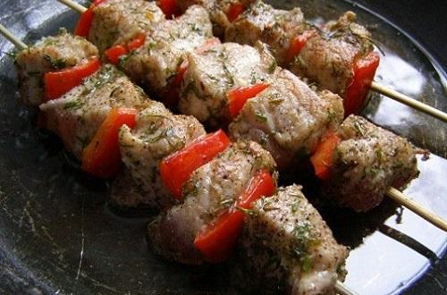 шашлык из свинины на сковороде