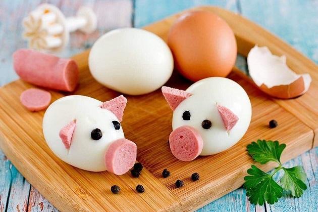 Фаршированные яйца Поросята